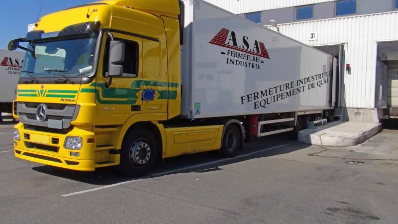Camion à quai